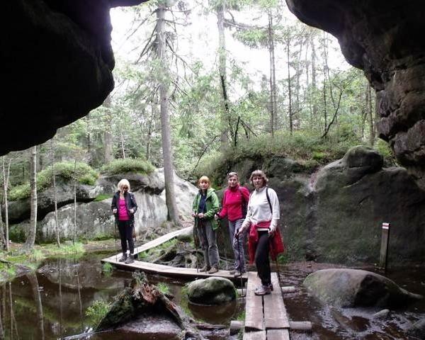Wycieczki szlakami Gór Stołowych