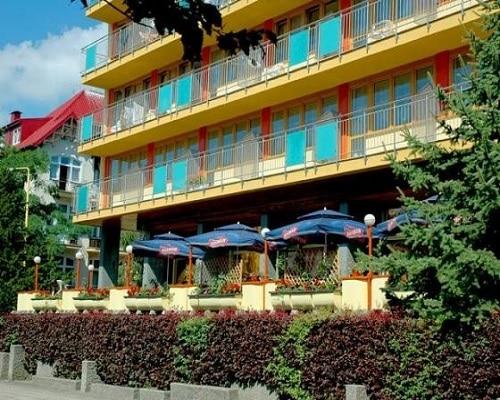 Hotel*** NAT - budynek
