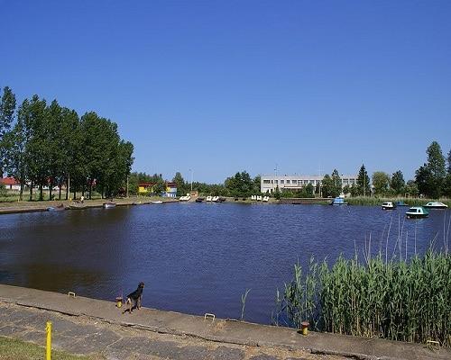 Przystań nad jeziorem Resko