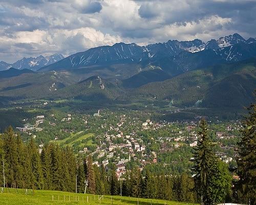 Zakopane - widok na Tatry