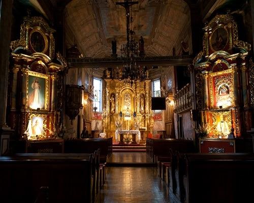 Iwonicz - wnętrze kościoła