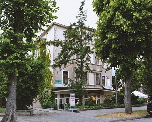 Budynek - DW Karkonosze
