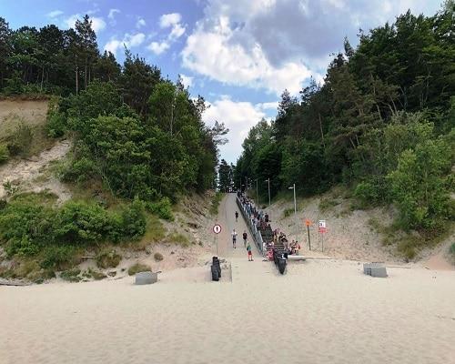 Zejście na plażę w Jastrzębiej Górze