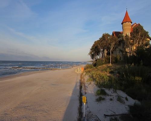 Łeba - piaszczysta plaża