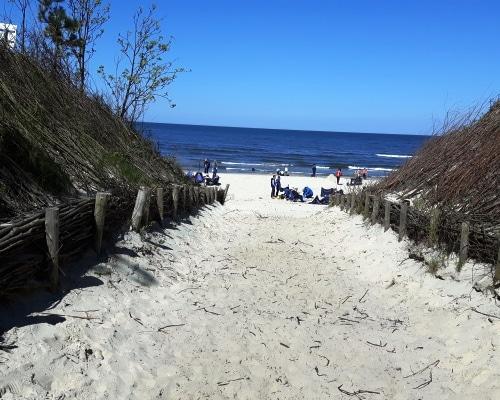 przejście na plażę