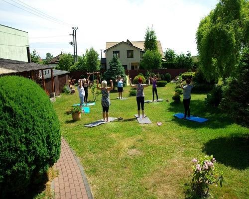 Aktywne ćwieczenia w ogrodzie