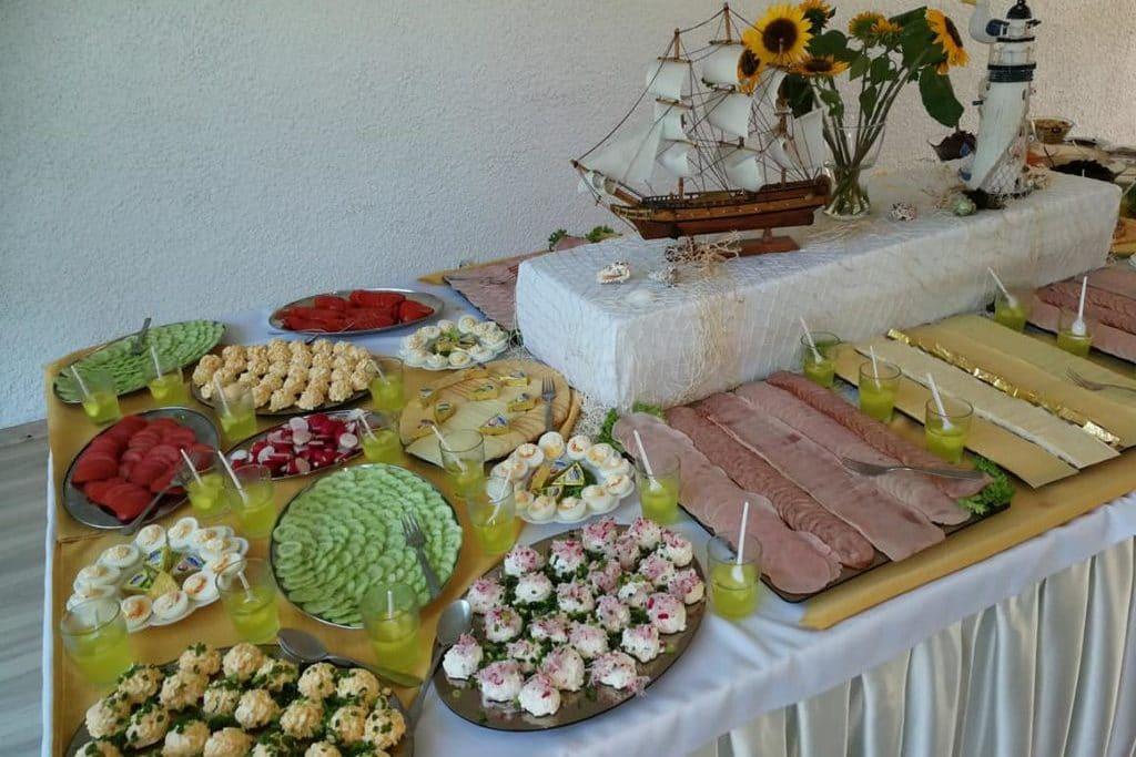 Stół szwedzki