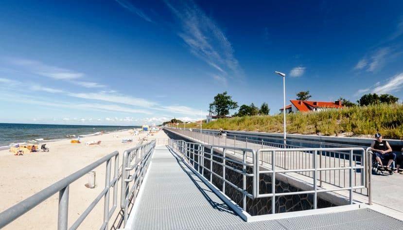Promenada wzdłuż plaży