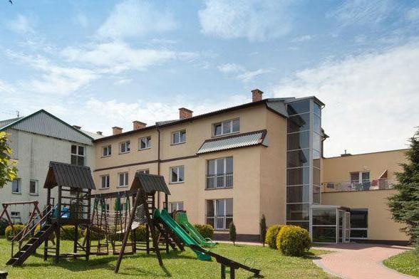 """Ośrodek """"Adhara"""" w Sarbinowie"""
