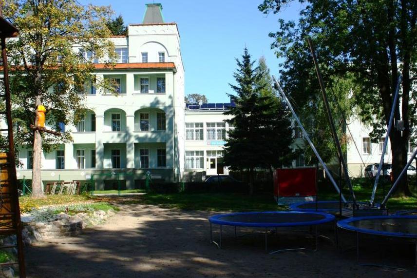 """Dom Wczasowy """"Halka"""" w Kudowie"""