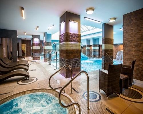Zameczek - jacuzzi i basen